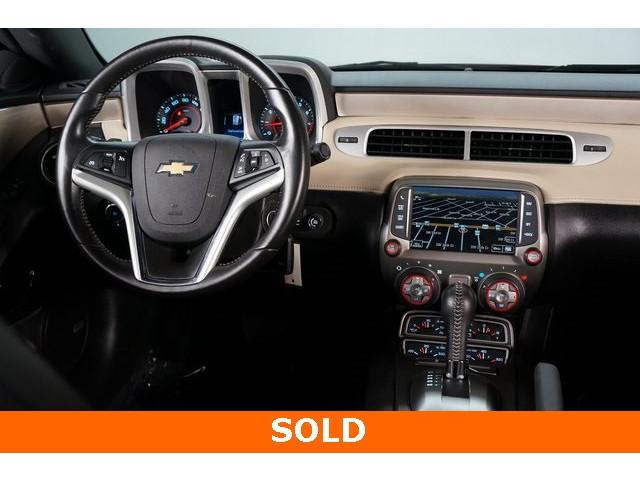 2015 Chevrolet Camaro 2LT 2D Coupe - 504282 - Image 31