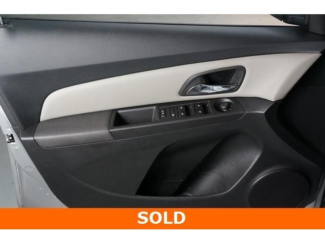 2015 Chevrolet Cruze 4D Sedan - 504285 - Image 10