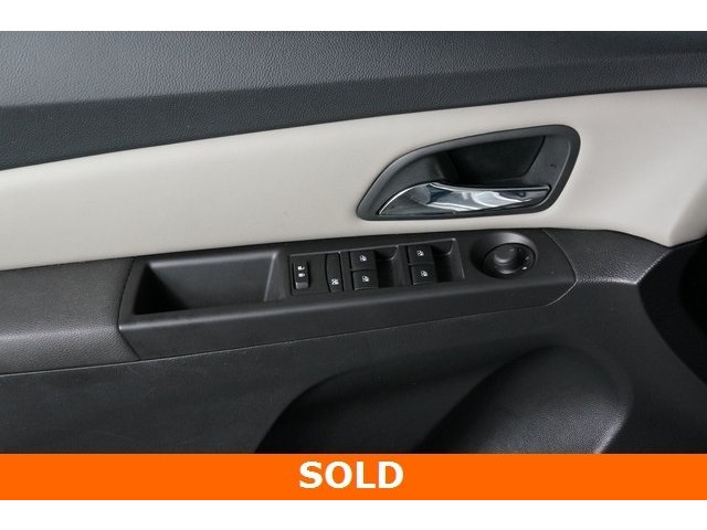 2015 Chevrolet Cruze 4D Sedan - 504285 - Image 11