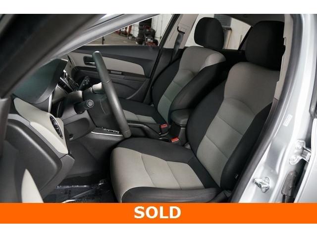 2015 Chevrolet Cruze 4D Sedan - 504285 - Image 13