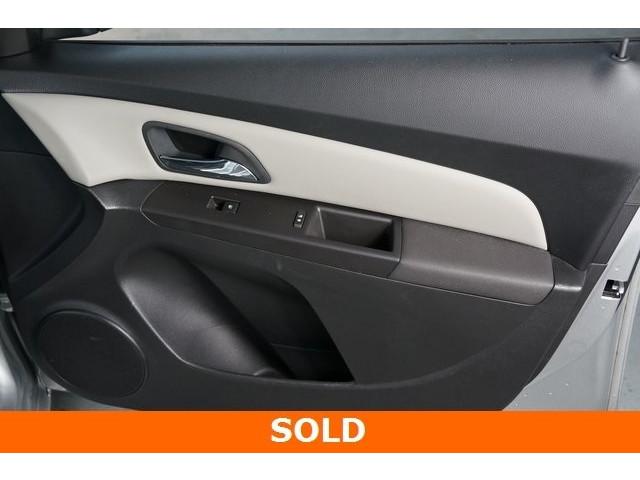 2015 Chevrolet Cruze 4D Sedan - 504285 - Image 22