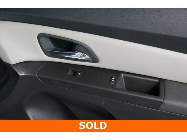 2015 Chevrolet Cruze 4D Sedan - 504285 - Image 23