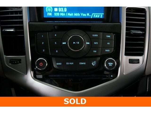 2015 Chevrolet Cruze 4D Sedan - 504285 - Image 31
