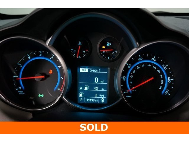 2015 Chevrolet Cruze 4D Sedan - 504285 - Image 35