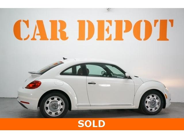 2015 Volkswagen Beetle 2D Hatchback - 504293 - Image 7