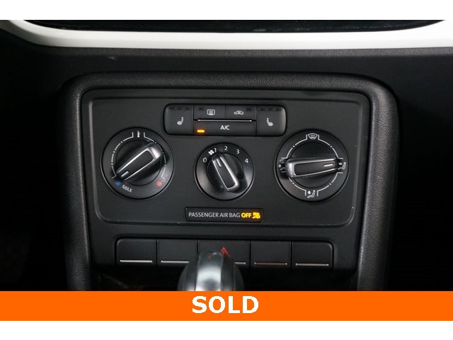 2015 Volkswagen Beetle 2D Hatchback - 504293 - Image 33
