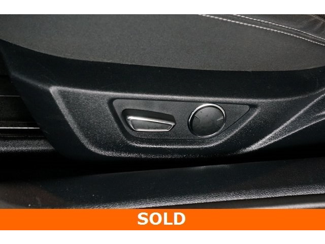 2015 Ford Mustang 2D Coupe - 504305 - Image 22