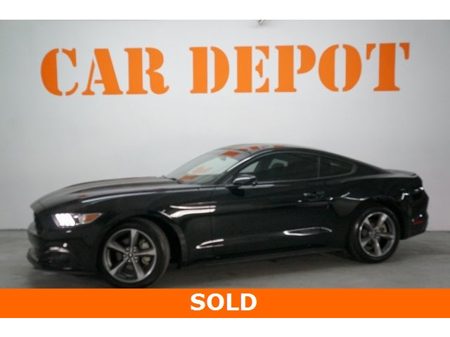 2015 Ford Mustang 2D Coupe - 504305 - Image 3