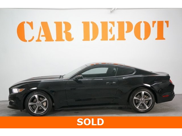 2015 Ford Mustang 2D Coupe - 504305 - Image 4