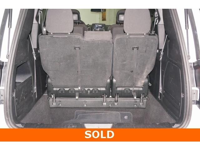 2018 Dodge Grand Caravan 4D Passenger Van - 504311 - Image 15