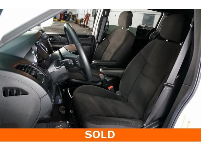 2018 Dodge Grand Caravan 4D Passenger Van - 504311 - Image 19