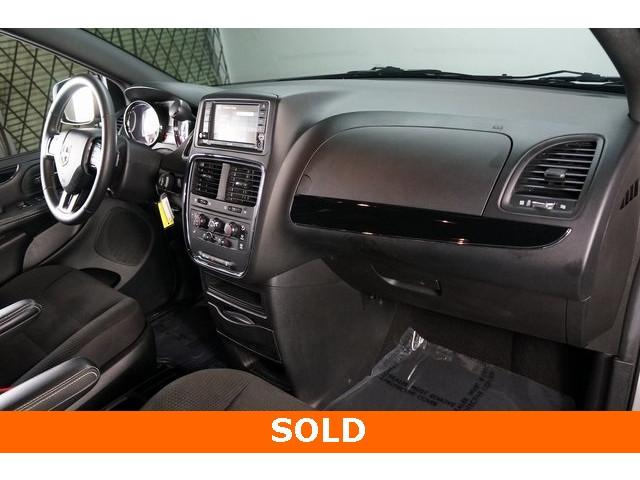 2018 Dodge Grand Caravan 4D Passenger Van - 504311 - Image 27