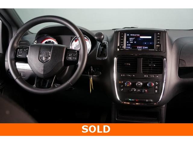 2018 Dodge Grand Caravan 4D Passenger Van - 504311 - Image 30