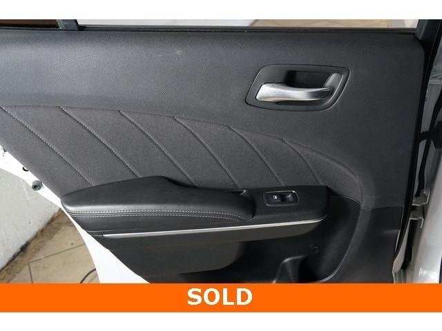 2018 Dodge Charger Plus 4D Sedan - 504314T - Image 18