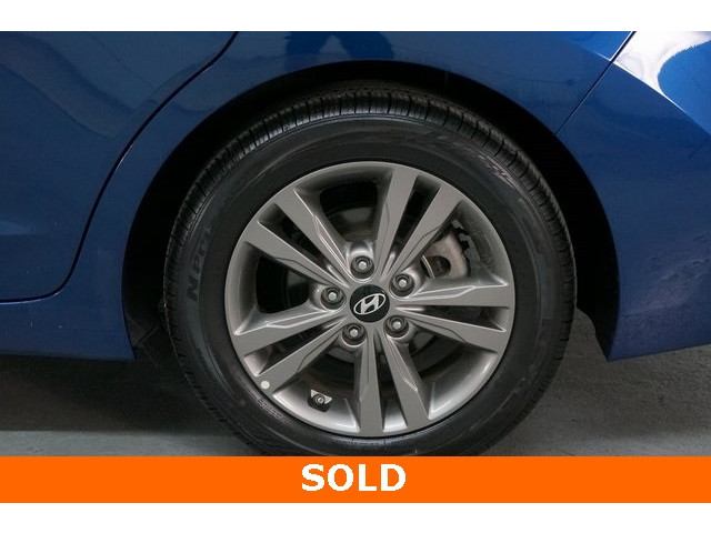 2018 Hyundai Elantra 4D Sedan - 504336 - Image 13