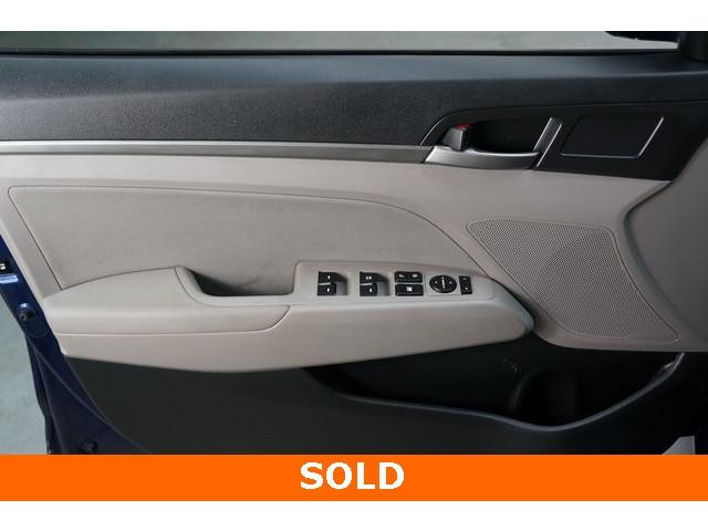 2018 Hyundai Elantra 4D Sedan - 504336 - Image 16