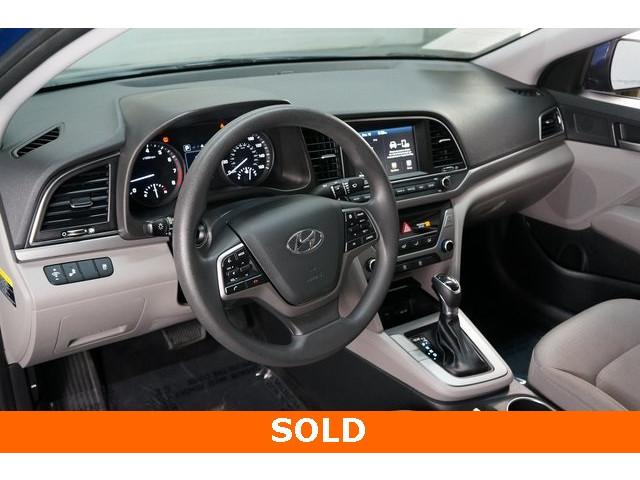 2018 Hyundai Elantra 4D Sedan - 504336 - Image 18