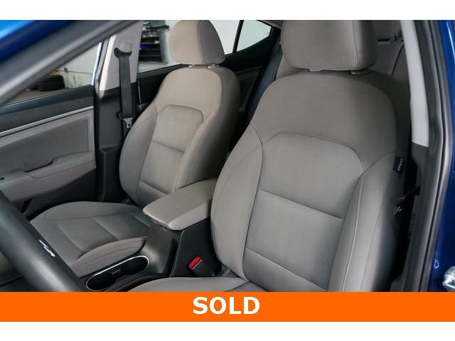 2018 Hyundai Elantra 4D Sedan - 504336 - Image 19