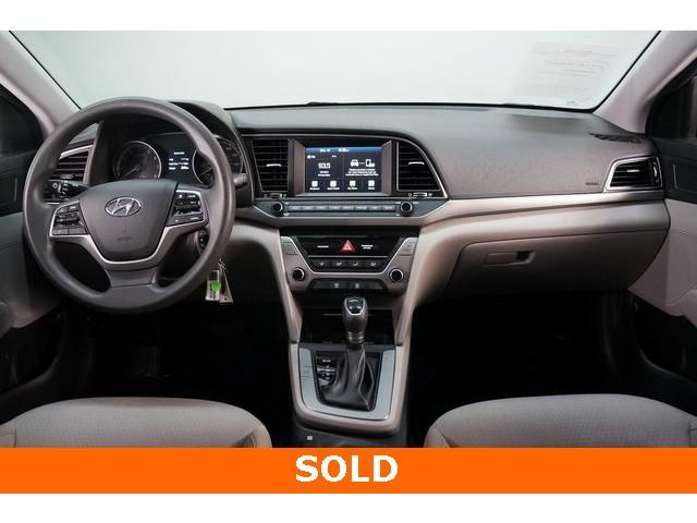 2018 Hyundai Elantra 4D Sedan - 504336 - Image 29