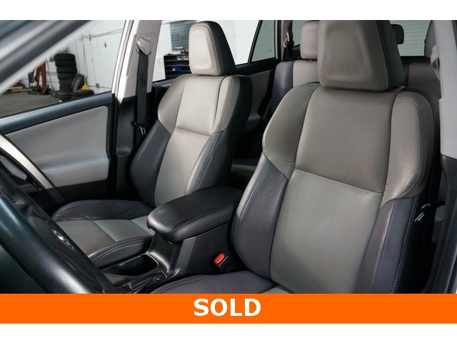 2015 Toyota RAV4 4D Sport Utility - 504337 - Image 19