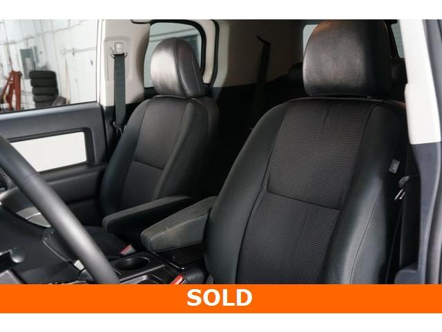 2012 Toyota FJ Cruiser 4D Sport Utility - 504354 - Image 21