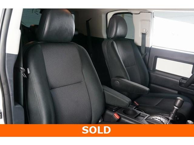 2012 Toyota FJ Cruiser 4D Sport Utility - 504354 - Image 27