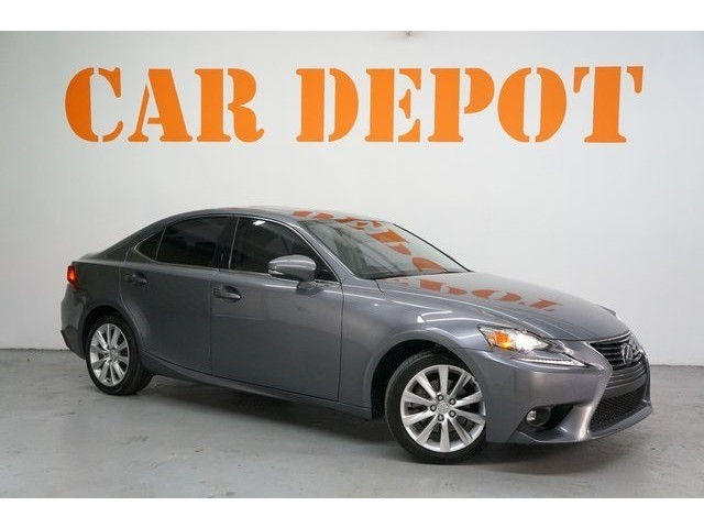 2015 Lexus IS 4D Sedan - 504374 - Image 1