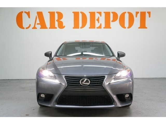 2015 Lexus IS 4D Sedan - 504374 - Image 2