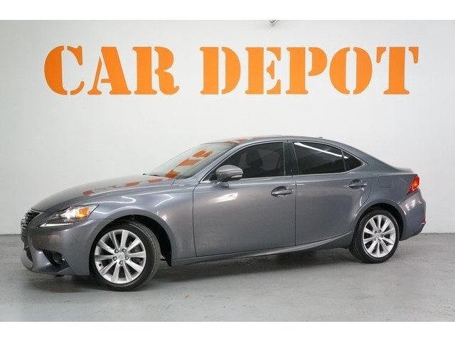 2015 Lexus IS 4D Sedan - 504374 - Image 3