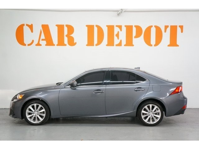 2015 Lexus IS 4D Sedan - 504374 - Image 4