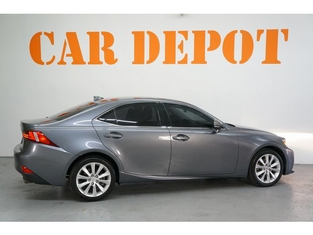 2015 Lexus IS 4D Sedan - 504374 - Image 7