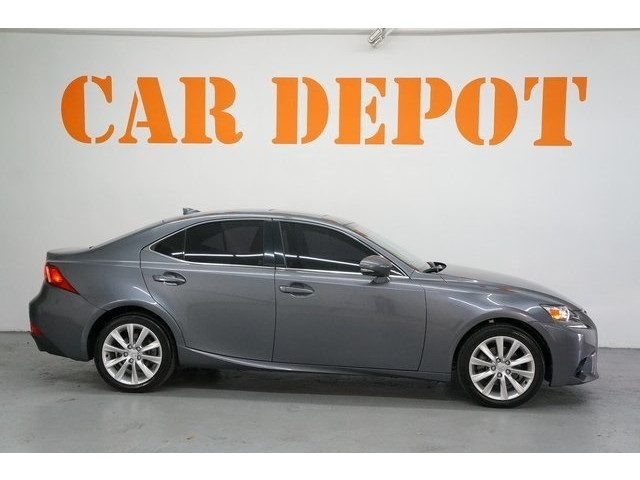 2015 Lexus IS 4D Sedan - 504374 - Image 8
