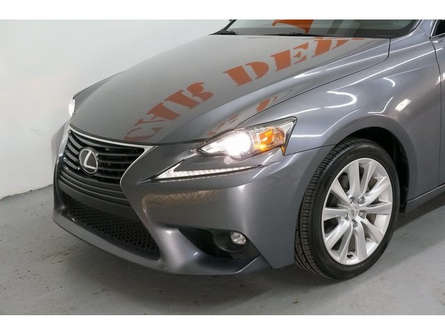 2015 Lexus IS 4D Sedan - 504374 - Image 10