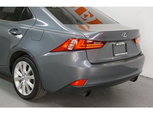 2015 Lexus IS 4D Sedan - 504374 - Image 11