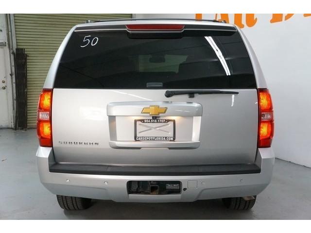 2014 Chevrolet Suburban 1500 4D Sport Utility - 504401 - Image 6