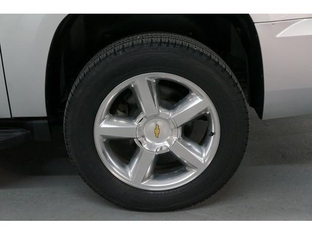 2014 Chevrolet Suburban 1500 4D Sport Utility - 504401 - Image 13
