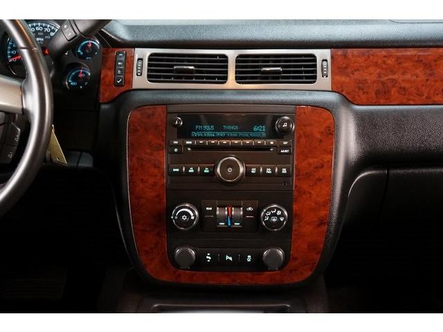 2014 Chevrolet Suburban 1500 4D Sport Utility - 504401 - Image 33