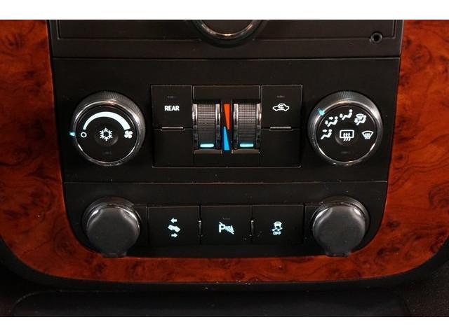 2014 Chevrolet Suburban 1500 4D Sport Utility - 504401 - Image 35