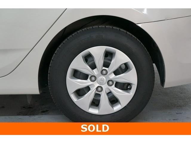 2016 Hyundai Accent 4D Sedan - 504398 - Image 9