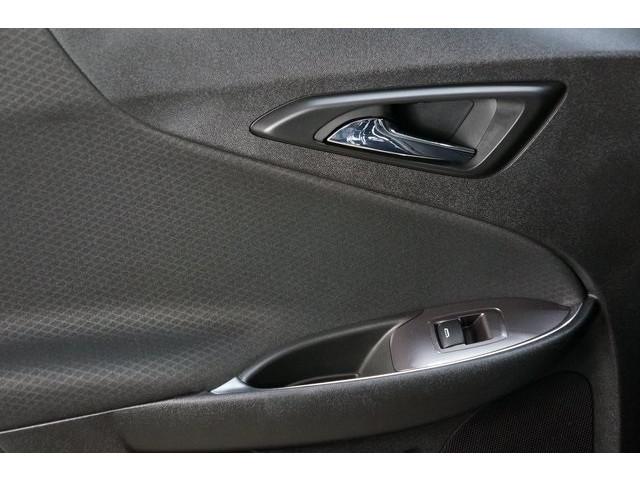2018 Chevrolet Malibu 4D Sedan - 504415 - Image 24
