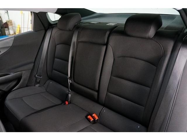 2018 Chevrolet Malibu 4D Sedan - 504415 - Image 26