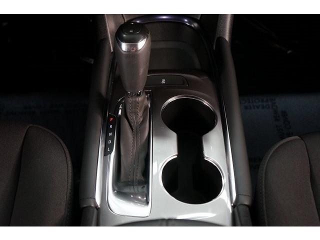 2018 Chevrolet Malibu 4D Sedan - 504415 - Image 37