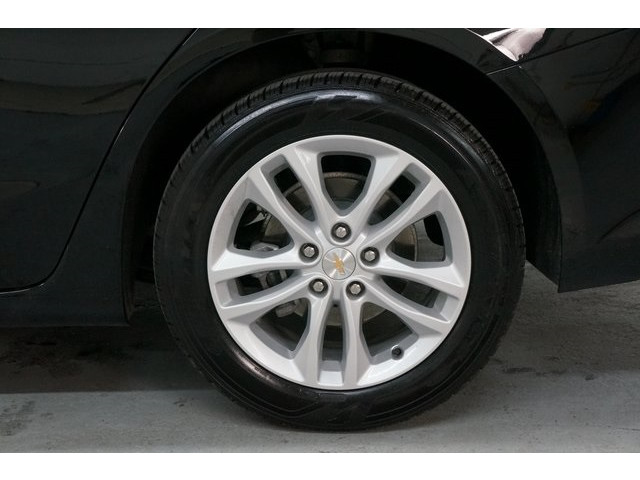 2018 Chevrolet Malibu 4D Sedan - 504415 - Image 13