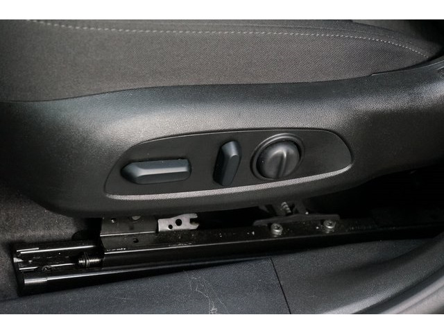 2018 Chevrolet Malibu 4D Sedan - 504415 - Image 22