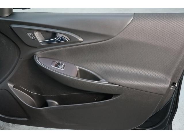 2018 Chevrolet Malibu 4D Sedan - 504415 - Image 28