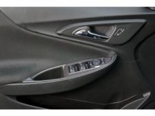 2018 Chevrolet Malibu 4D Sedan - 504415 - Thumbnail 17