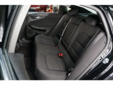2018 Chevrolet Malibu 4D Sedan - 504415 - Thumbnail 25