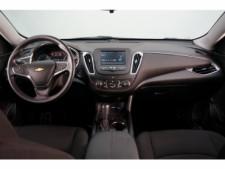 2018 Chevrolet Malibu 4D Sedan - 504415 - Thumbnail 31