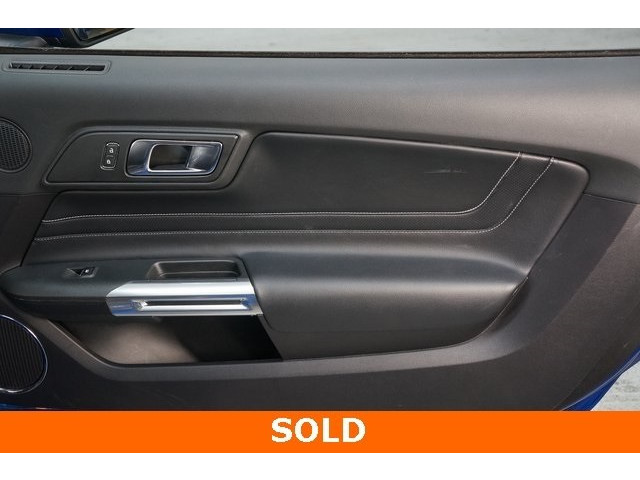 2018 Ford Mustang 2D Coupe - 504436 - Image 26