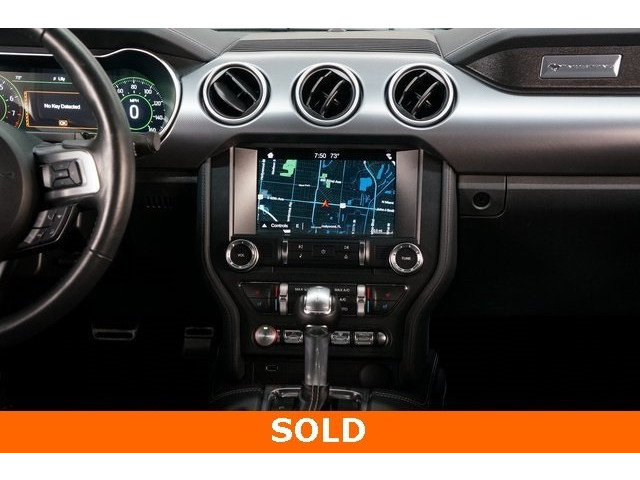 2018 Ford Mustang 2D Coupe - 504436 - Image 32